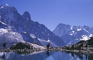 Chamonix%20mountain%20lake4