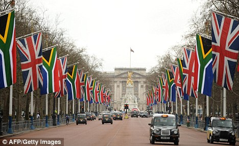 Pall mall flags