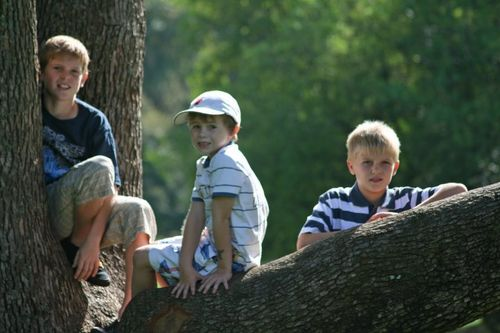 3 boys easter'10