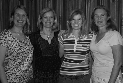 4 sisters BandW